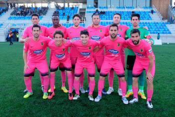 El equipo azulón dio la vuelta a un complicado partido y se llevó la victoria del Municipal de Badalona (1-2)