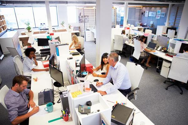 El Gobierno lanza 20.000 nuevas plazas de empleo público