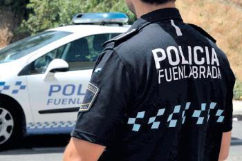 La Policía Local de Fuenlabrada revisa los autobuses de la ciudad