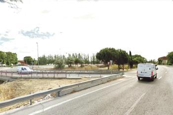 Arrancan las obras de mejora de la carretera que atraviesa nuestra ciudad. SoydeFuenla recoge las opiniones de los vecinos sobre el estado de la vía