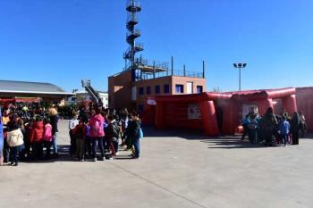 Más de 600 escolares visitan el Parque de Bomberos de la localidad durante la Semana de la Prevención de Incendios