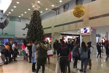 El Centro Comercial ha donado 1.000 euros a la Asociación Española Contra el Cáncer