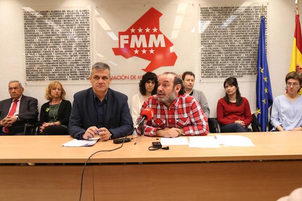 El alcalde de Móstoles, como vicesecretario de la Federación Madrileña de Municipios (FMM), se ha encargado de presentar el acto