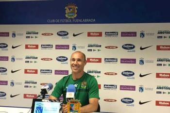 La afición se vuelca con el equipo antes de afrontar el partido más importante de la temporada frente al Villanovense. El Fuenla tendrá que remontar el 1-0 de la ida